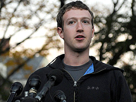 Facebook CEO Mark Zuckerberg Visits Computer Science Students At Harvard And MIT